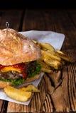 Ciabatta-Burger Lizenzfreies Stockfoto