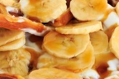 Cialda con yogurt e le banane Immagine Stock