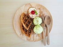 Cialda e gelato Immagine Stock