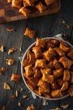 Ciambellina salata salata organica del burro di arachidi Fotografia Stock
