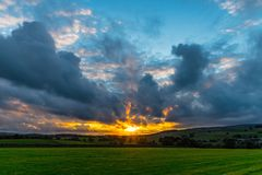 Ściana przy zmierzchem w Yorkshire dolinach Fotografia Royalty Free