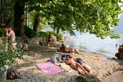 Ciani植物的公园海滩在瑞士的卢加诺 免版税图库摄影