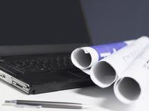 Cianografie e computer portatile fotografie stock libere da diritti