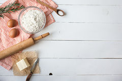 ciasta jajka mąki składniki zdjęcie stock