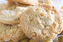 ciasteczka czekoladowe orzeszki macadamia white Zdjęcia Royalty Free