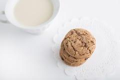 ciastek filiżanki mleko Obrazy Stock