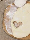 Ciastka ciasto w postaci serca Symbol miłość obraz stock