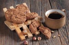 Ciastka z hazelnuts i kawą Fotografia Royalty Free