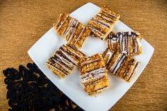 Ciastko karmel na talerzu Zdjęcie Stock