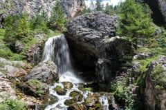 Ciastlins瀑布, val de Ciastlins,白云岩, Sudtirol 免版税库存图片