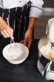Ciasto melanżer dla torta Zdjęcia Royalty Free