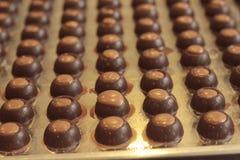 Ciasto robi czekoladowy cukierki jest wyśmienicie Zdjęcie Royalty Free