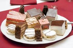 Ciasto rzędy, cząberów cięcia/ Zdjęcie Stock