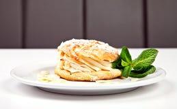 Ciasto z proszkiem, migdałami i mennicą cukieru, Zdjęcie Royalty Free