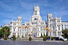 Cibeles喷泉和帕拉西奥de Comunicaciones,马德里,西班牙 免版税库存照片