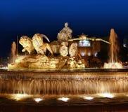 Cibeles nattstaty i Madrid Paseo Castellana Royaltyfria Foton