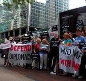 Cibles Chuck Schumer de rassemblement pour s'opposer à l'affaire de l'Iran d'Obama Photos libres de droits