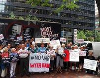 Cibles Chuck Schumer de rassemblement pour s'opposer à l'affaire de l'Iran d'Obama Photos stock