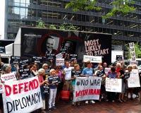 Cibles Chuck Schumer de rassemblement pour s'opposer à l'affaire de l'Iran d'Obama Photographie stock libre de droits