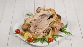Cibo del pollo arrosto delizioso sul ringraziamento stock footage