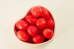 Pomodori sani del cuore fotografie stock libere da diritti