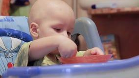 Cibo sano per un bambino archivi video