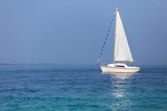 cicho żaglówki morza Zdjęcie Royalty Free