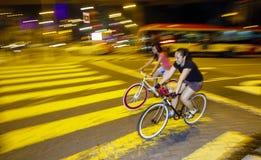 Ciclismo adolescente Fotos de Stock