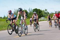 Ciclismo do Triathlon em Tailândia Ásia Imagens de Stock