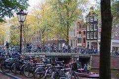 Ciclismo la città Fotografia Stock