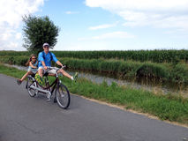 Ciclismo in tandem Fotografia Stock