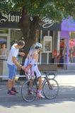 Ciclista búlgaro después del final de la raza fotografía de archivo libre de regalías