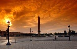 Ciclista di Parigi sul posto del concorde Fotografia Stock Libera da Diritti