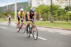 Ciclista en el parque de Flamengo (el aterro hace Flamengo) Imagen de archivo