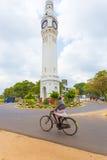 Ciclista Person Roundabout da torre de pulso de disparo de Jaffna Imagem de Stock Royalty Free