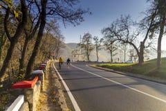 Ciclistas aficionados Foto de archivo libre de regalías