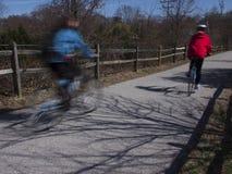 Ciclistas en el rastro de Baltimore-Annapolis Imagenes de archivo