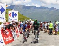 Ciclistas en la cuesta de Val Louron Azet Foto de archivo