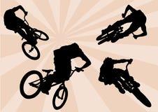Ciclistas extremos ilustração royalty free