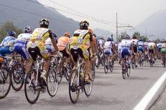 Ciclisti in d'Italia di postagiro Fotografie Stock Libere da Diritti