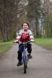 Ciclo del muchacho Imágenes de archivo libres de regalías