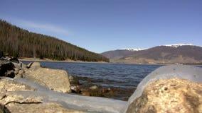 (Ciclo perfetto) lago alpino Mountain View stock footage