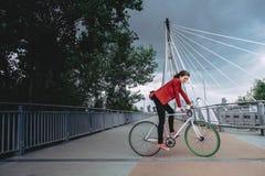 Ciclo urbano con stile immagini stock