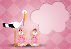 Cicogna con le ragazze gemellate Fotografie Stock
