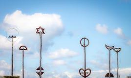 Cidade à escultura em Wellington, Nova Zelândia da ponte do mar imagem de stock