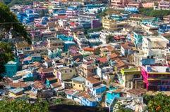 Cidade índia Ooty, Coonor, Nilgiris, Tamil Nadu Telhado colorido Foto de Stock