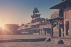 Cidade abandonada antiga de Fatehpur Sikri, XVI século Agra, Uttar Pradesh, India toning fotos de stock