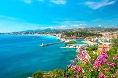 Cidade agradável, riviera francês, mar Mediterrâneo Fotografia de Stock