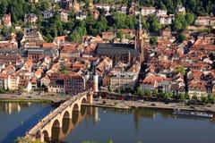Cidade alemão pequena de Heidelberg, Alemanha fotografia de stock royalty free
