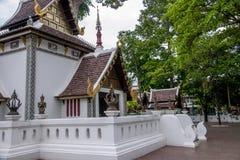 A cidade antiga de Chiang Mai, de Tailândia Wat Chedi Luang & de x28; Wat Chedi Luang & x29; Fotos de Stock